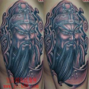 关公纹身图案:手臂关公头像大刀纹身图案纹身图片